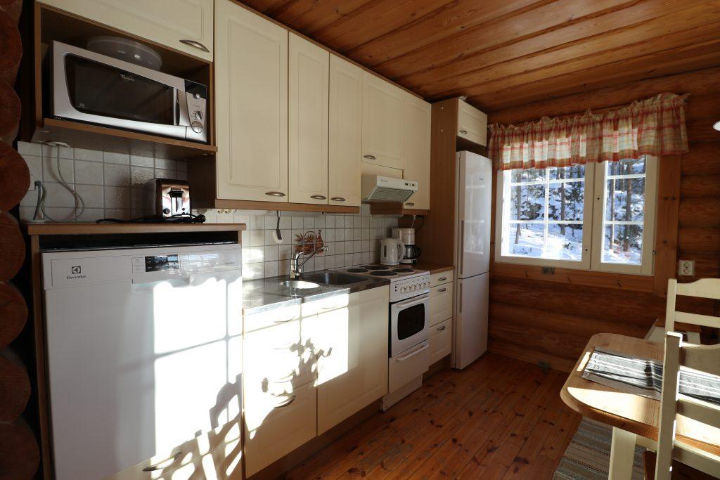 Lahukka kitchen